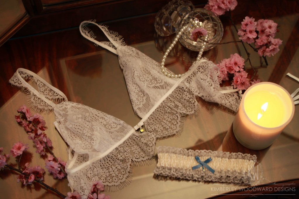 Orchid soft cup bra with Rose garter 2 with logo